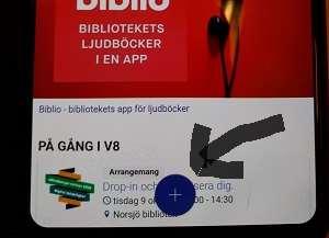 Screenshot från hemsidan sedd i en mobil, där en ditritad pil pekar mot plus-symbolen.
